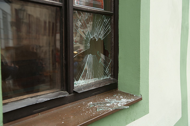 A2B Glass are able to board up broken windows while they are being repaired in Brompton.